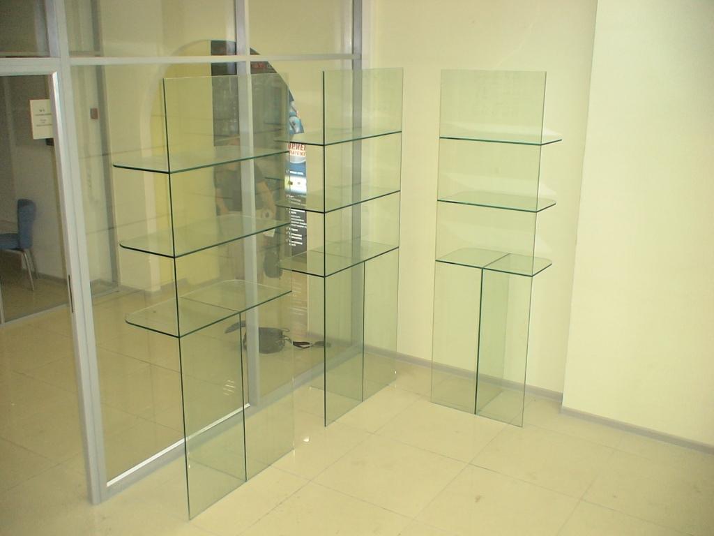 торговые витрины из стекла
